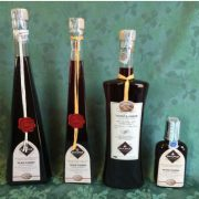 ratafia-amarene-bottiglia-triangolare-50cl-2-533x800